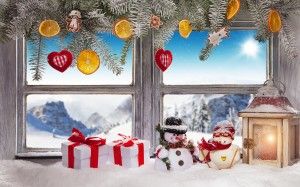 Christmas_Window_Gifts_Snowmen_537367_1280x799